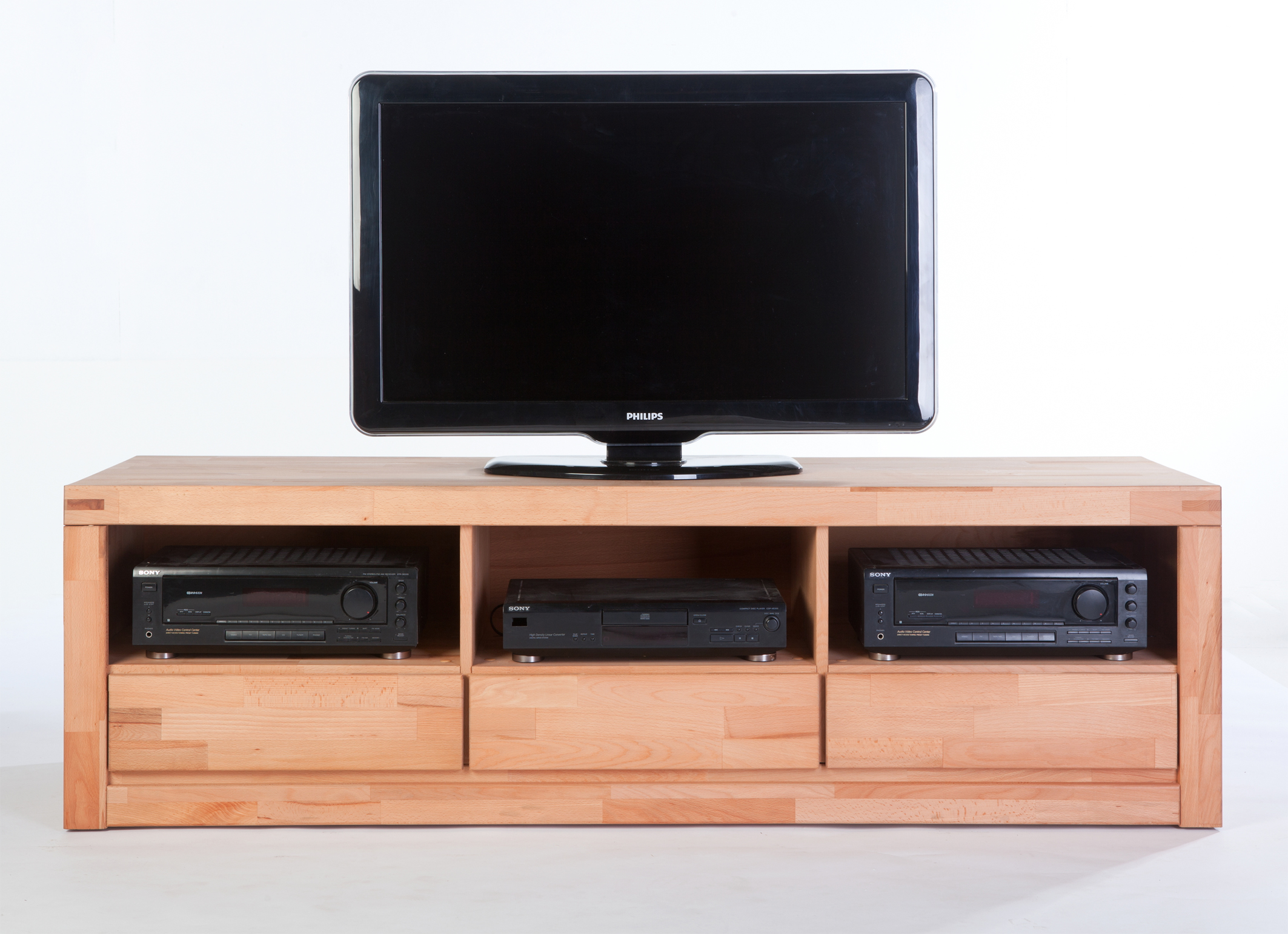 tv lowboard tv schrank fernsehschrank kernbuche massiv neu. Black Bedroom Furniture Sets. Home Design Ideas