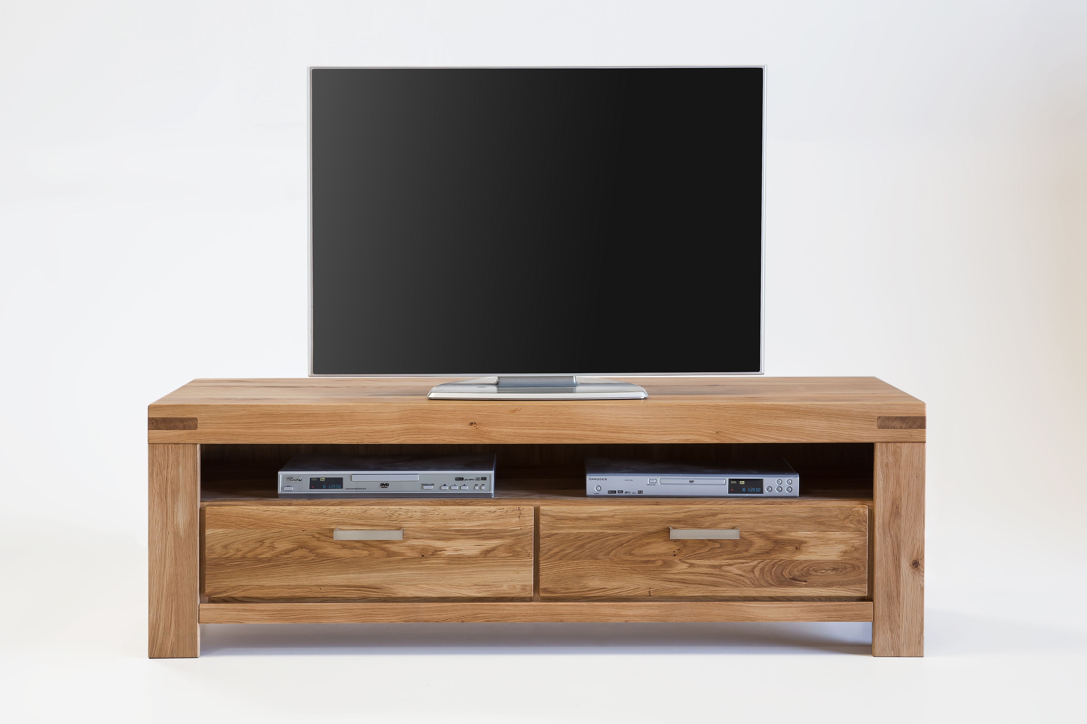 tv lowboard wildeiche massiv ge lt 4089 2867 elfo m bel massivholz kira. Black Bedroom Furniture Sets. Home Design Ideas