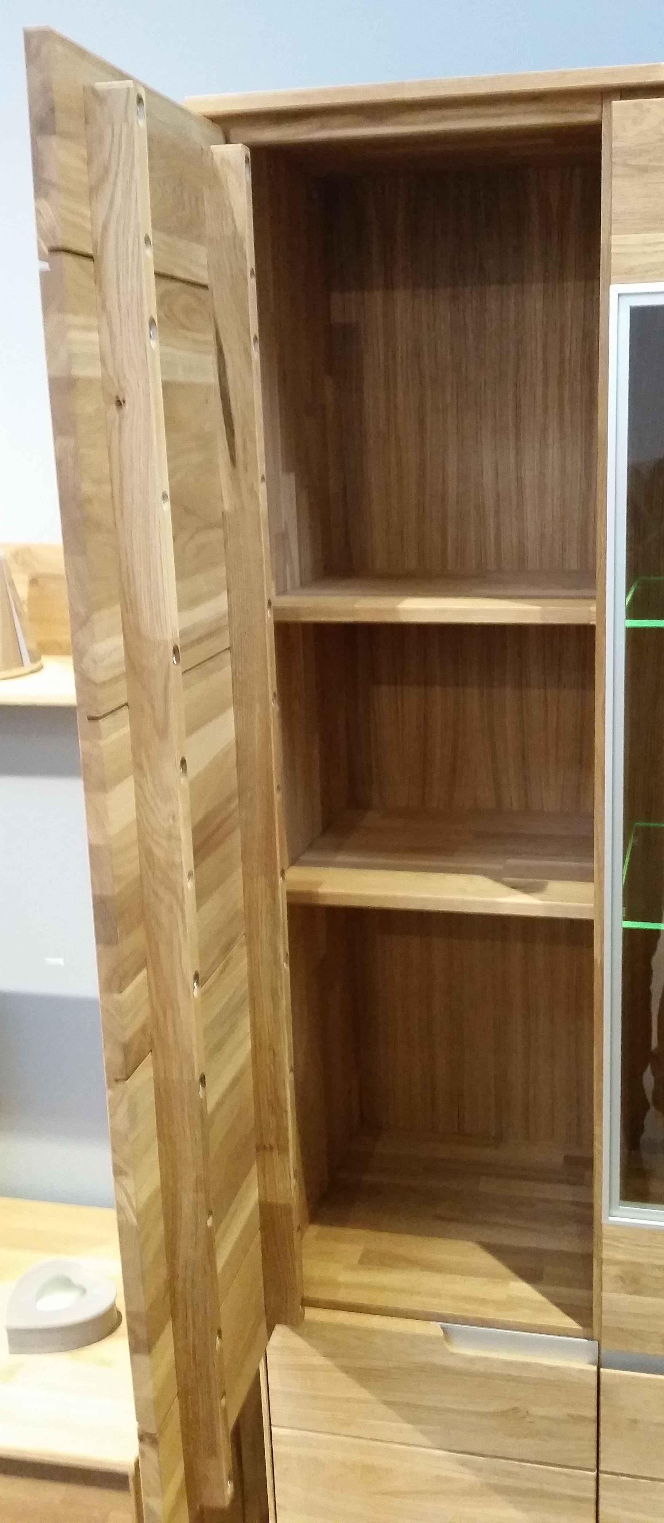 2993 lissy lissabon wildeiche massiv massivholz vitrine xl. Black Bedroom Furniture Sets. Home Design Ideas