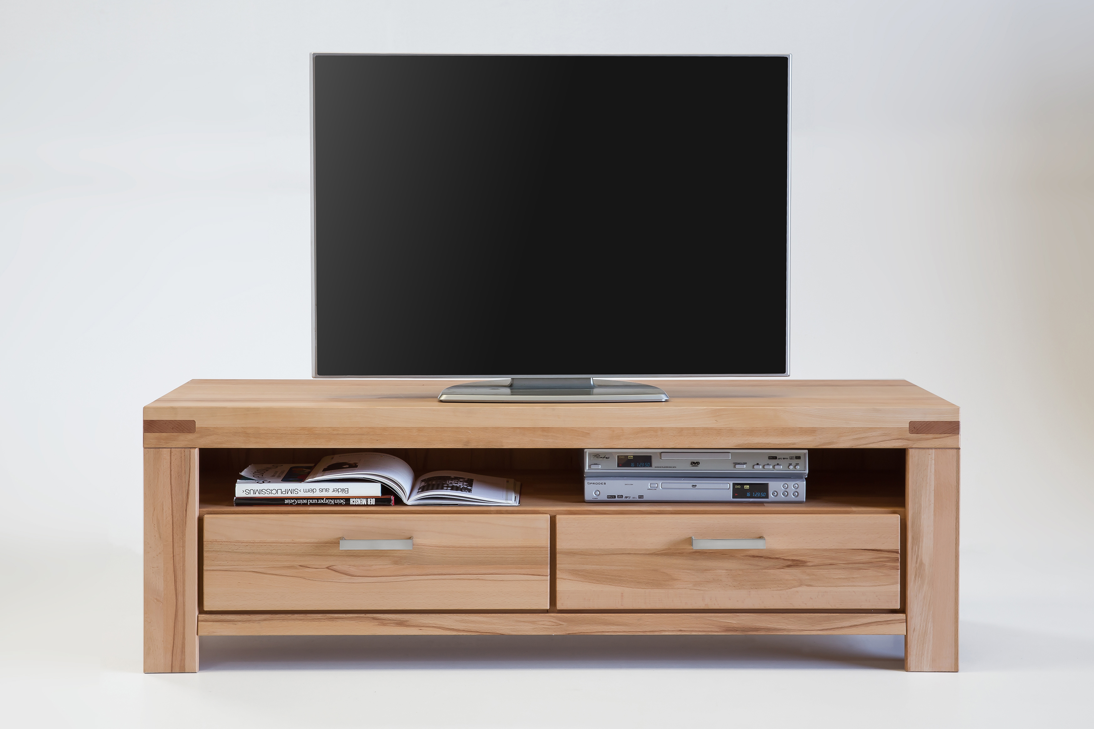 tv lowboard kernbuche massiv ge lt 8089 6867 elfo m bel. Black Bedroom Furniture Sets. Home Design Ideas